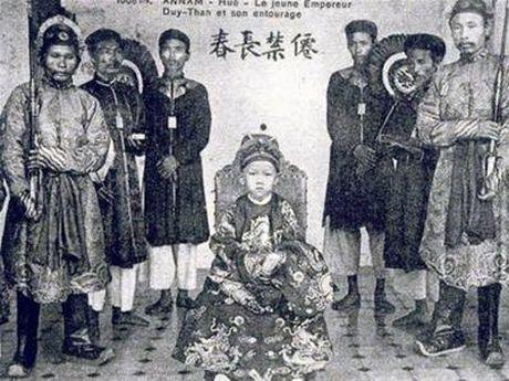 6 cai chet 'muon doi bi an' cua vua chua Viet - Anh 1