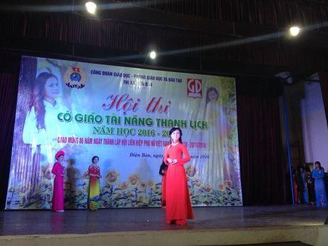 Cong doan nganh giao duc Dien Ban (Quang Nam): Chung ket cuoc thi 'Co giao tai nang- Thanh lich' - Anh 8