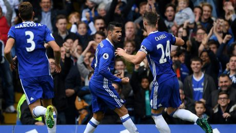 Thi dau ap dao, Chelsea thang dam Leicester City - Anh 1