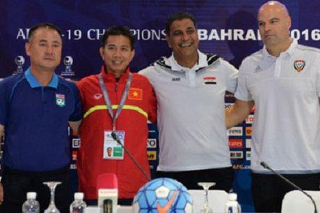 "HLV U19 Trieu Tien: ""Chung toi thua la do thoi tiet"" - Anh 1"