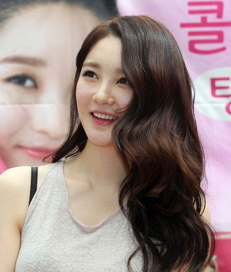Kang Min Kyung (Davichi) da tung rat dep, nhung gio cang khac la vi bien chung phau thuat tham my? - Anh 3