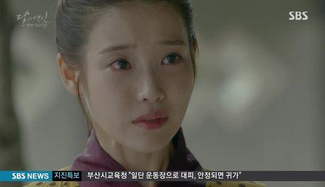'Moon Lovers': Dien xuat cua IU ngay cang thuyet phuc duoc khan gia? - Anh 12