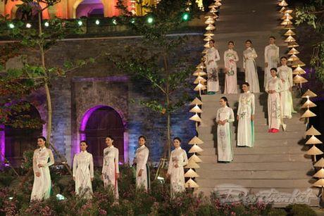 Nhung 'nguoi mau' dac biet tai Festival ao dai Ha Noi - Anh 10