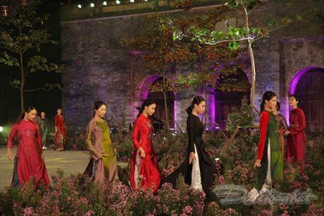 Nhung 'nguoi mau' dac biet tai Festival ao dai Ha Noi - Anh 18