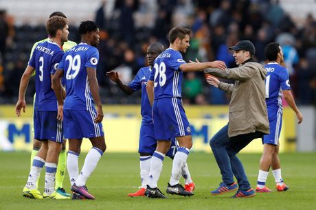 Chelsea vs Leicester (2-0, H2): Moses bo lo co hoi ghi ban - Anh 27