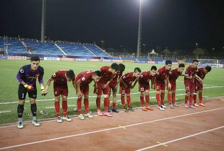 Chum anh U19 Viet Nam tao dia chan tai Bahrain - Anh 10