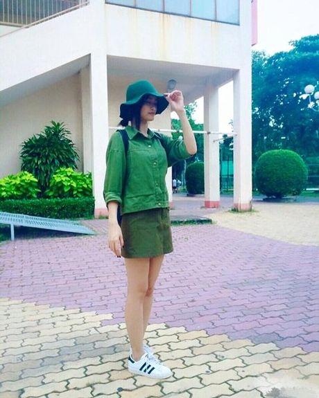 Xuan Hinh tao dang qua xi tin ben hoa - Anh 2