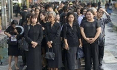 Khach du lich nen lam gi khi Thai Lan de tang Quoc Vuong? - Anh 2