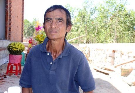 Ong Huynh Van Nen buc xuc khi toa boi thuong 2,6 ty dong - Anh 1