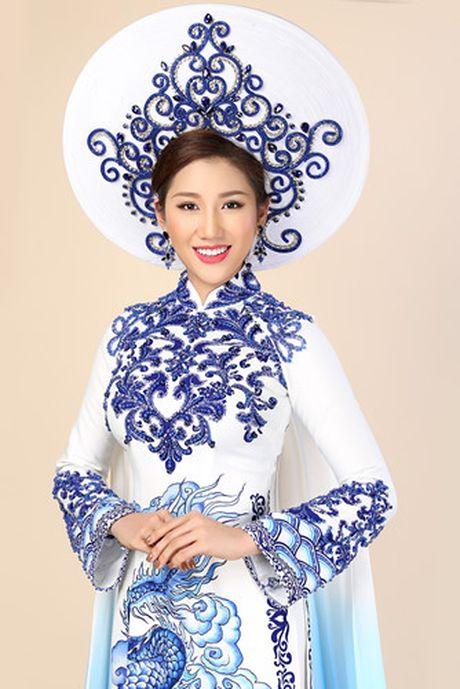 Ngam trang phuc truyen thong cua Bao Nhu tai Hoa hau Lien luc dia 2016 - Anh 2