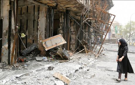 Iraq: Danh bom lieu chet o Baghdad lam gan 100 nguoi thuong vong - Anh 1