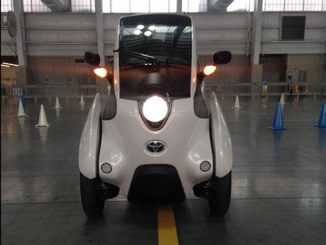 Toyota i-Road - mau xe cho 'giai phap di dong do thi' tuong lai - Anh 3