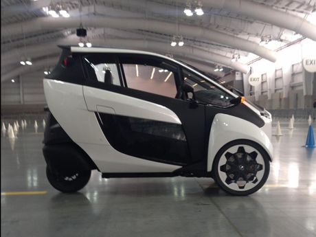 Toyota i-Road - mau xe cho 'giai phap di dong do thi' tuong lai - Anh 4