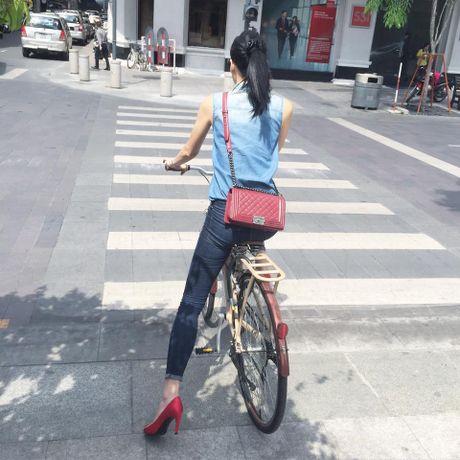 Tu do hieu dang cap cua bo ba stylist Viet dinh dam - Anh 27