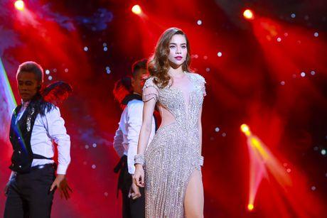 Khan gia man nhan voi 'Diamond Show' cua Dam Vinh Hung - Anh 14