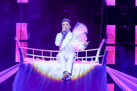 Khan gia man nhan voi 'Diamond Show' cua Dam Vinh Hung - Anh 17