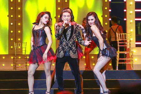 Khan gia man nhan voi 'Diamond Show' cua Dam Vinh Hung - Anh 9