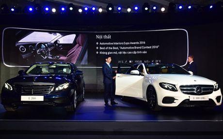 Mercedes E-Class moi gia tu 2,1 ty dong - Anh 1