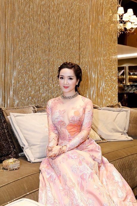 Kham pha biet thu trieu do cua Hoa hau Giang My - Anh 5