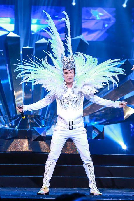 Liveshow 12 ty Mr.Dam: 4000 khan gia 'vo oa' truoc su xuat hien bat ngo cua Tuan Hung - Anh 27
