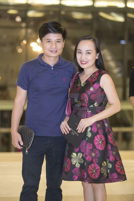 Liveshow 12 ty Mr.Dam: 4000 khan gia 'vo oa' truoc su xuat hien bat ngo cua Tuan Hung - Anh 35