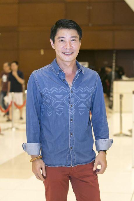 Liveshow 12 ty Mr.Dam: 4000 khan gia 'vo oa' truoc su xuat hien bat ngo cua Tuan Hung - Anh 36