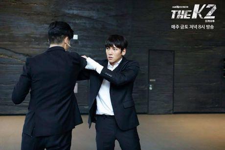 Lieu Yoona co thuc su la nu chinh trong 'The K2'? - Anh 2