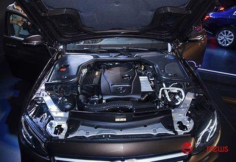 Can canh cap doi Mercedes E-class vua ra mat - Anh 11