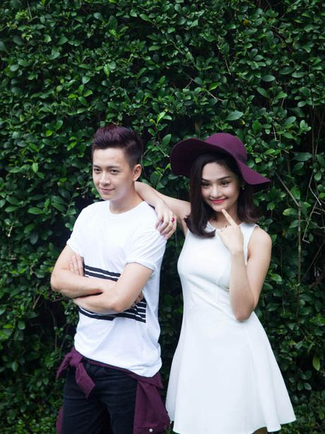 Dung 'khung' lam MC trong game show Han Quoc phien ban Viet - Anh 1
