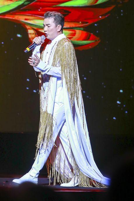'Diamond Show': Vi sao Mr Dam 'chay nhu ma duoi'? - Anh 2