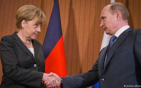 Bao Duc: Thu tuong Merkel co the gia tang trung phat Nga - Anh 1