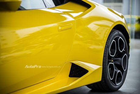 Can canh Lamborghini Huracan LP580-2 thu hai chuan bi cho VIMS 2016 - Anh 13