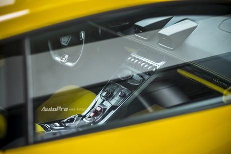 Can canh Lamborghini Huracan LP580-2 thu hai chuan bi cho VIMS 2016 - Anh 17