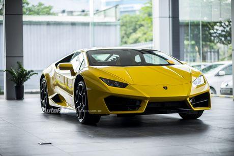 Can canh Lamborghini Huracan LP580-2 thu hai chuan bi cho VIMS 2016 - Anh 3