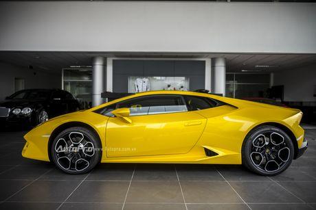 Can canh Lamborghini Huracan LP580-2 thu hai chuan bi cho VIMS 2016 - Anh 4