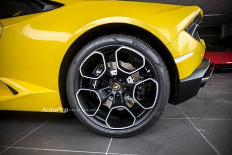 Can canh Lamborghini Huracan LP580-2 thu hai chuan bi cho VIMS 2016 - Anh 8