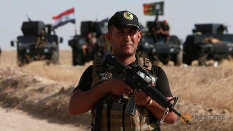 Iraq mo cuoc tan cong lon nhat tai chiem Mosul - Anh 1