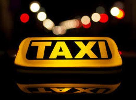 Thu tuc dang ky kinh doanh taxi nhu the nao? - Anh 1