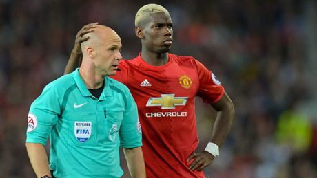 Mourinho de dat canh bao trong tai truoc dai chien Liverpool - Anh 2