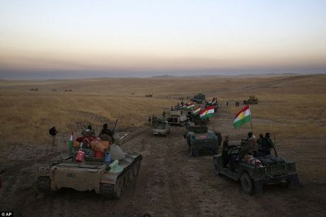 Cac canh quan Iraq ram rap xuat tran giai phong Mosul khoi tay IS - Anh 1