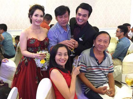 Dien vien Cao Minh Dat cuoi vo o tuoi 41 - Anh 2