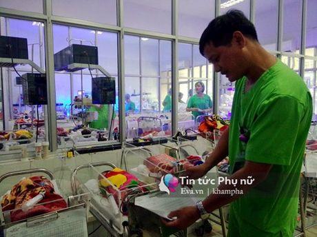 Thai ky thu 4 - noi thay bung me tiep lua su song cho tre sinh non - Anh 3