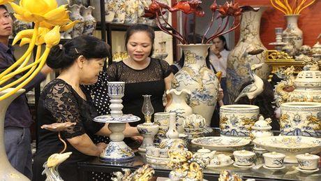 Gom tam linh Gia toc Viet chinh thuc co mat tai Lao Cai - Anh 1
