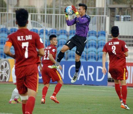 U19 Viet Nam hoa 1-1 truoc U19 UAE trong the tran mat nguoi - Anh 4
