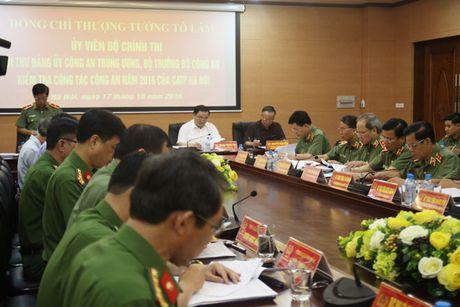 Bo truong To Lam kiem tra cong tac tren dia ban Thu do - Anh 2