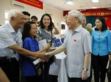 Tong Bi thu Nguyen Phu Trong: Chong ngoai xam da kho, chong noi xam con kho hon - Anh 1