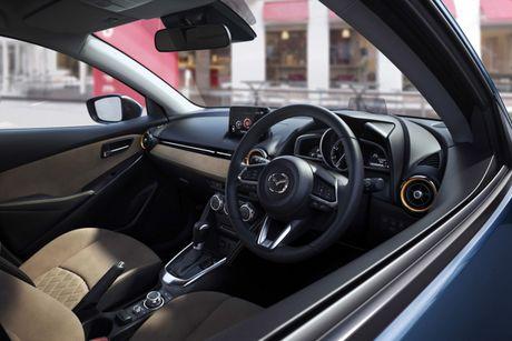 Khong con say xe voi Mazda 2 va CX-3 ban moi sap ra mat - Anh 4