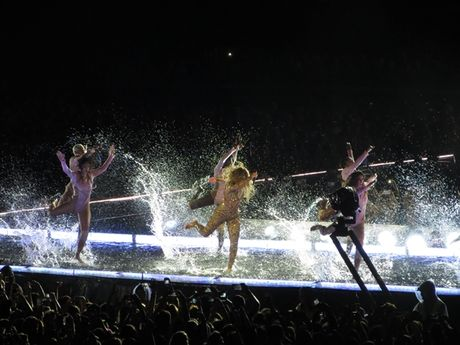 Formation World Tour: Con ai qua duoc Beyonce nam 2016 nay? - Anh 8