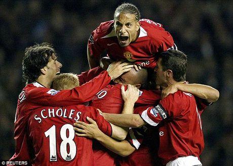 M.U va Liverpool: Nhung 'nguoi hung... bat dac di' trong lich su derby nuoc Anh - Anh 3