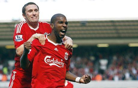 M.U va Liverpool: Nhung 'nguoi hung... bat dac di' trong lich su derby nuoc Anh - Anh 4